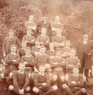 http://www.swintonlionstales.co.uk/uploads/gallery/Swinton_1896-97_small.jpg