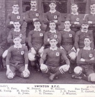 http://www.swintonlionstales.co.uk/uploads/gallery/Swinton_1909-10_small.jpg