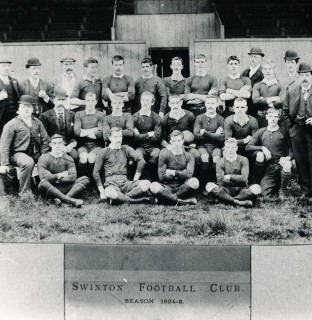 http://www.swintonlionstales.co.uk/uploads/gallery/Swinton_Team_1894.jpg